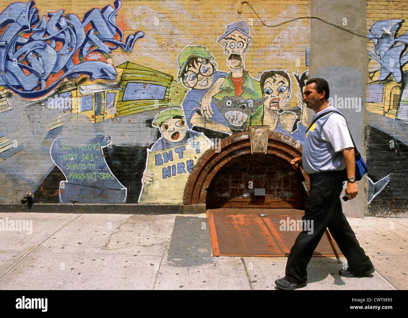 Graffiti wall usa - New York East Spanish Harlem Graffiti Wall Painting In The Barrio Usa