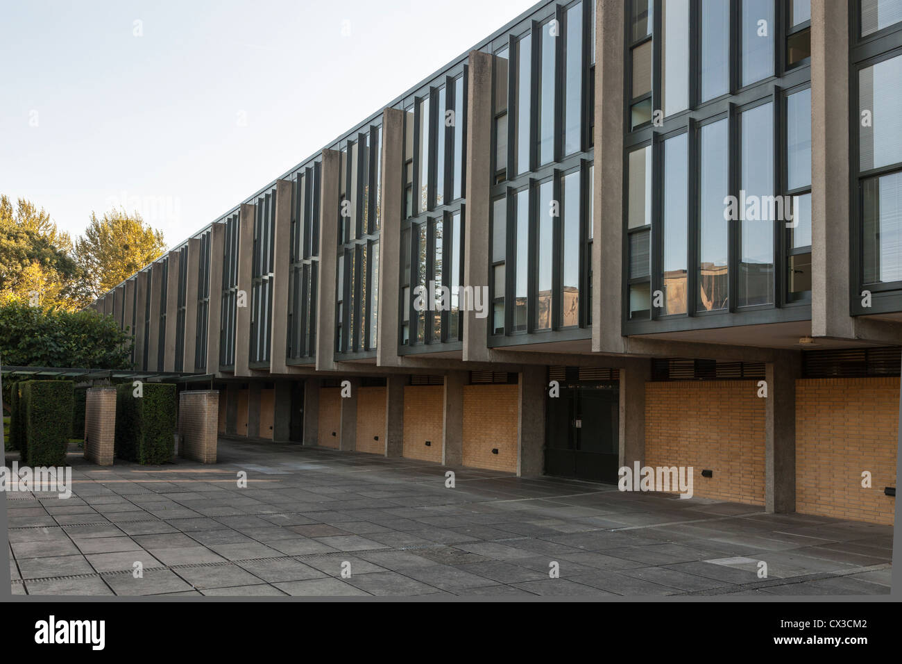 st catherine 39 s college oxford built in 1962 and designed. Black Bedroom Furniture Sets. Home Design Ideas