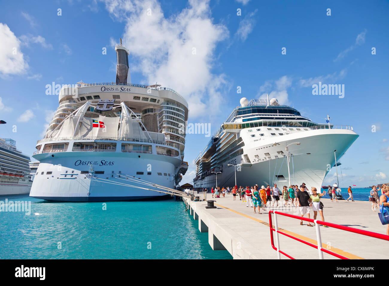 Cruise Ships In Port Of Philipsburg St Maarten Stock Photo - Philipsburg st maarten cruise ship schedule