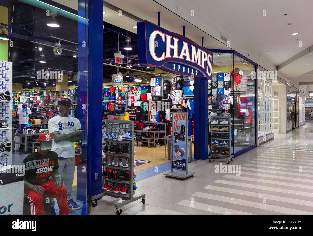 champs sports store in the mall of america bloomington minneapolis stock photo royalty free. Black Bedroom Furniture Sets. Home Design Ideas
