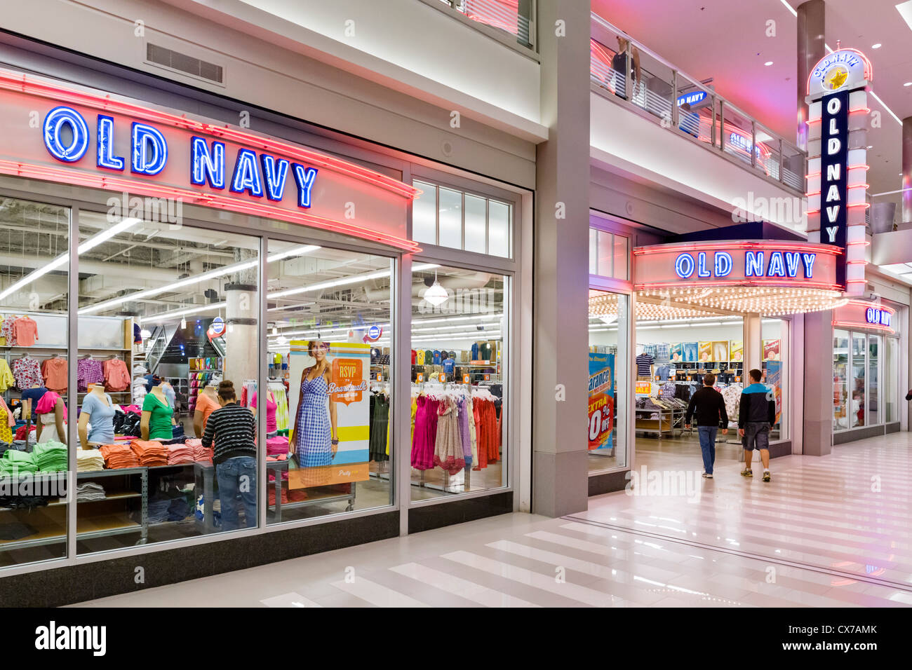 old navy store in the mall of america bloomington minneapolis stock photo royalty free image. Black Bedroom Furniture Sets. Home Design Ideas