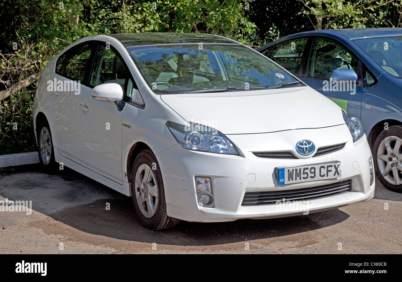 toyota prius electric hybrid car version 3 with pv roof uk stock photo