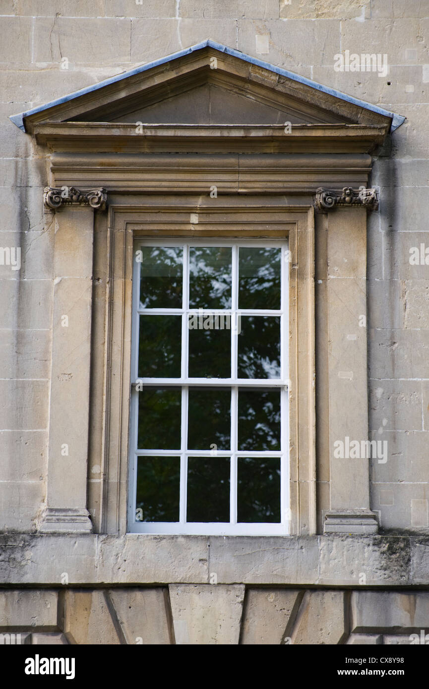 Sash window with triangular pediment of georgian building for Exterior window pediments