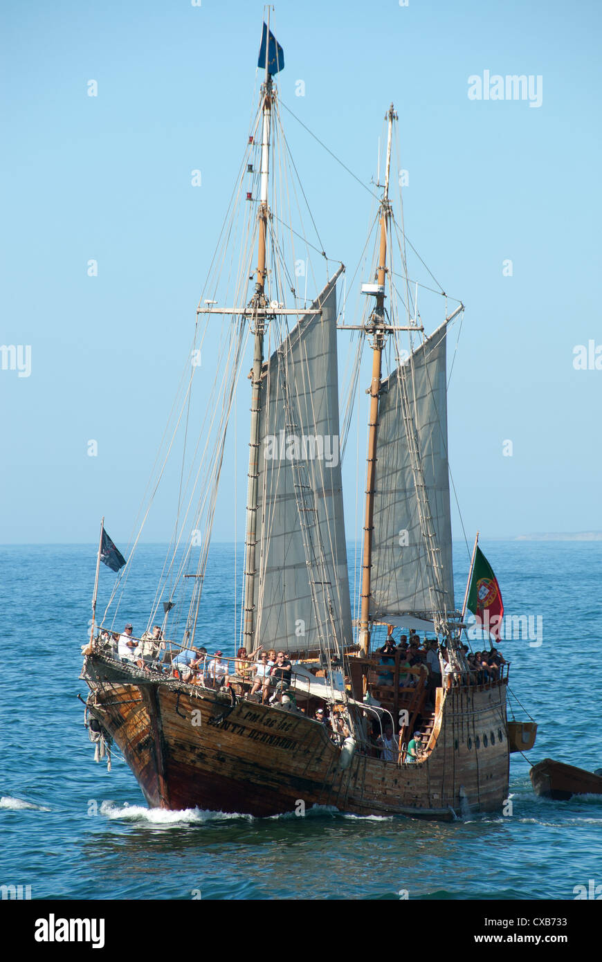 ALGARVE PORTUGAL Holidaymakers Enjoying A Pirate Ship Cruise - Pirate ship cruise
