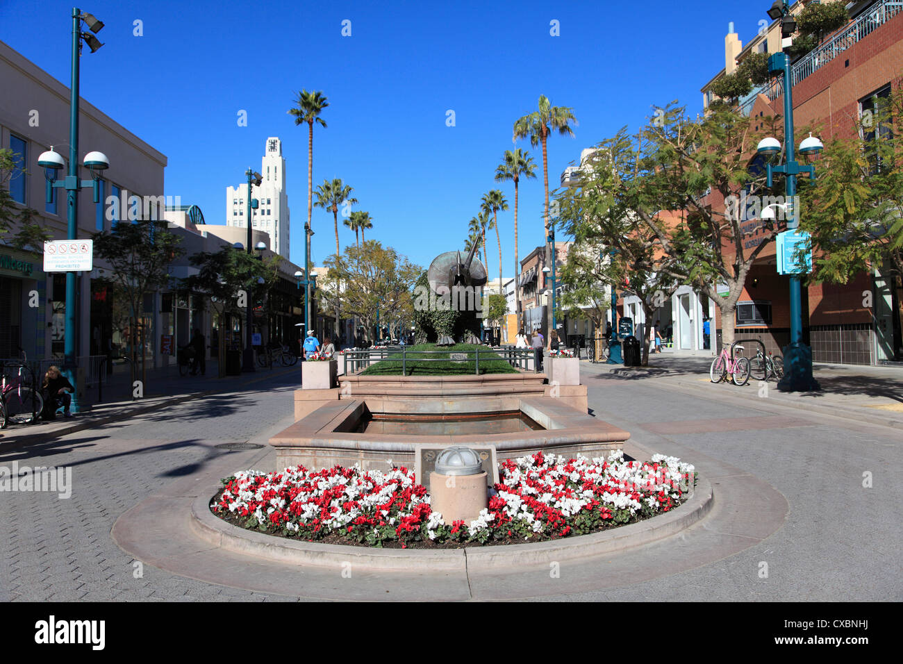 A four-block pedestrianized stretch that runs down Third Street from Wilshire Boulevard to Colorado Avenue, Third Street Promenade is a pleasant but bland parade of mostly familiar names (Gap /5(6).
