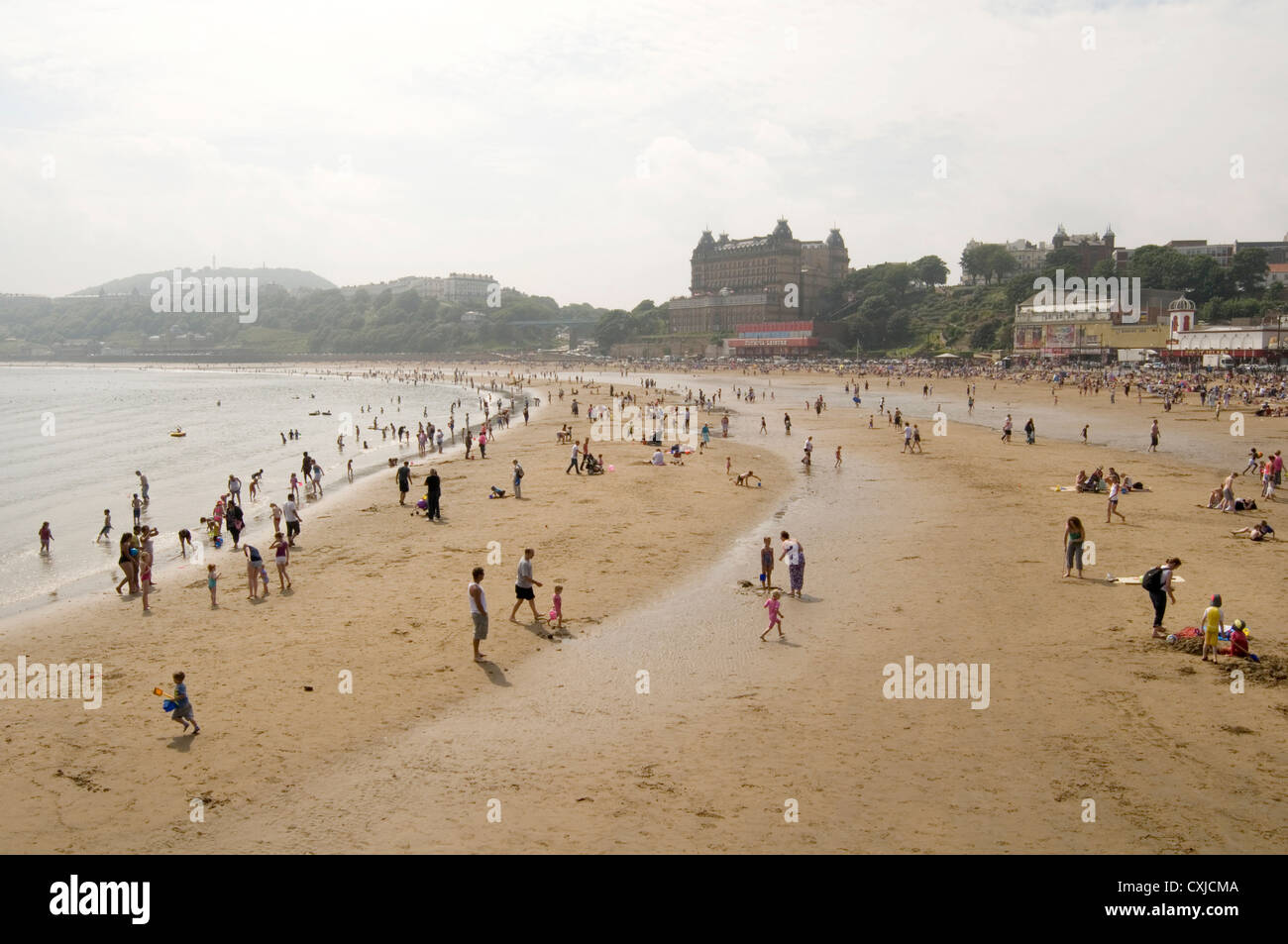 Scarborough Beach North Yorkshire Uk Beaches Sea North Sand Sandy Summer Warm Weather