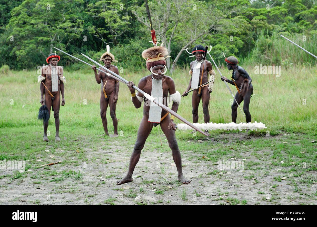 Народы остров Трипотанас
