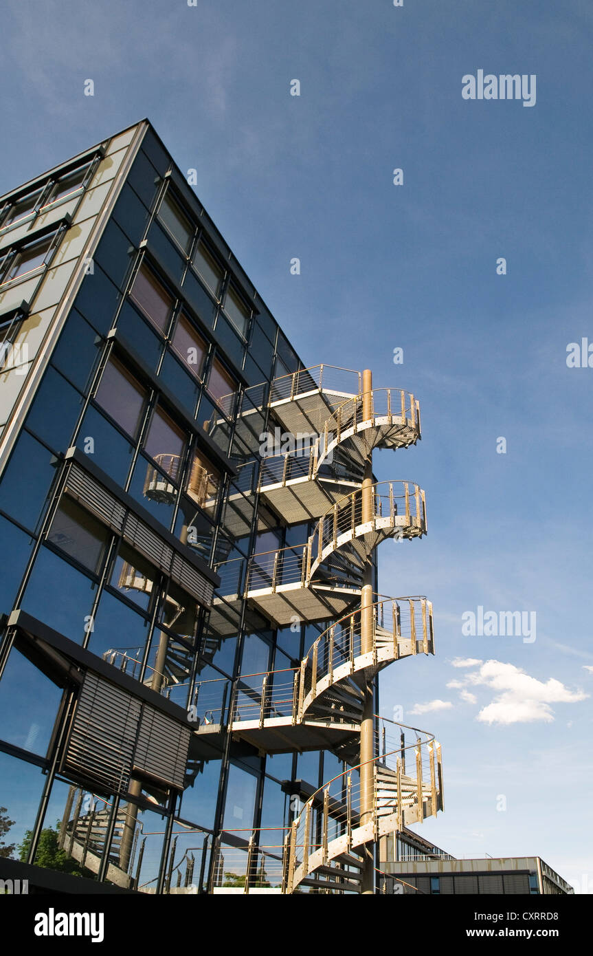 Modern office architecture with spiral staircase glass for Architecture spiral staircase