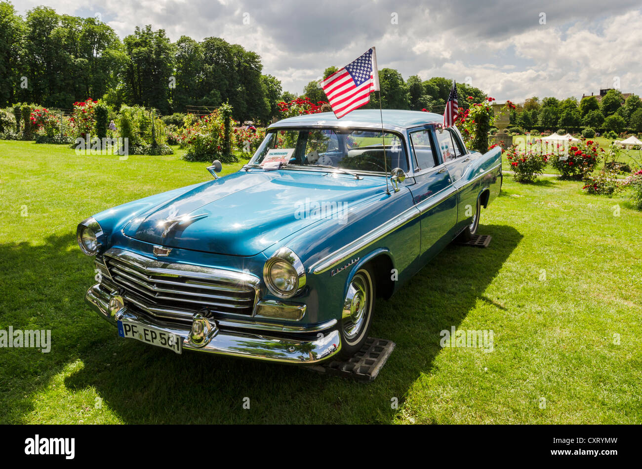 U.S.-American \'56 Chrysler Windsor, festival of classic cars ...