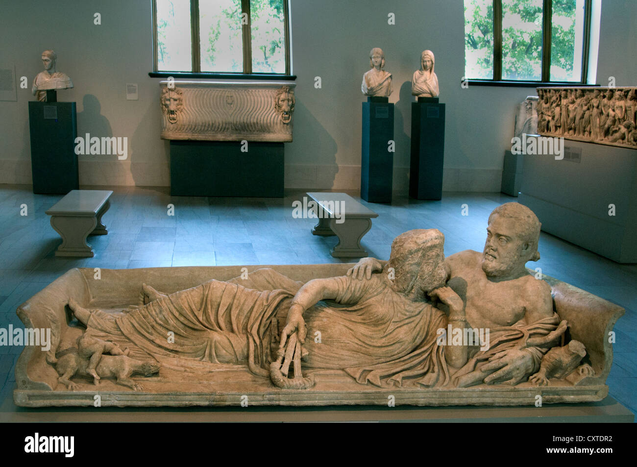 Marble Sarcophagus lid with reclining couple Roman Severan period 220 AD Italy & Marble Sarcophagus lid with reclining couple Roman Severan period ... islam-shia.org