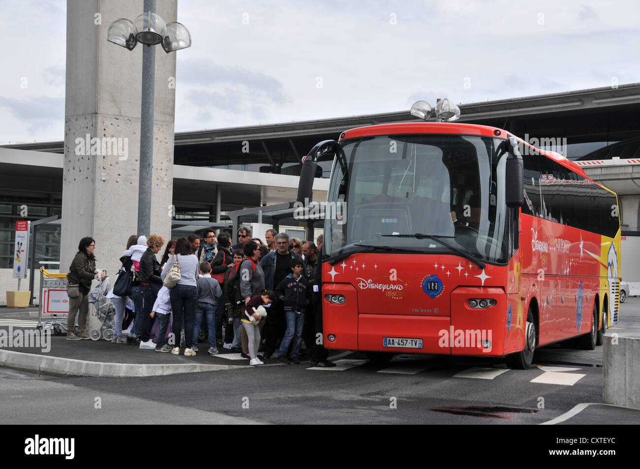 bus for disneyland roissy charles de gaulle airport france stock photo royalty free image. Black Bedroom Furniture Sets. Home Design Ideas