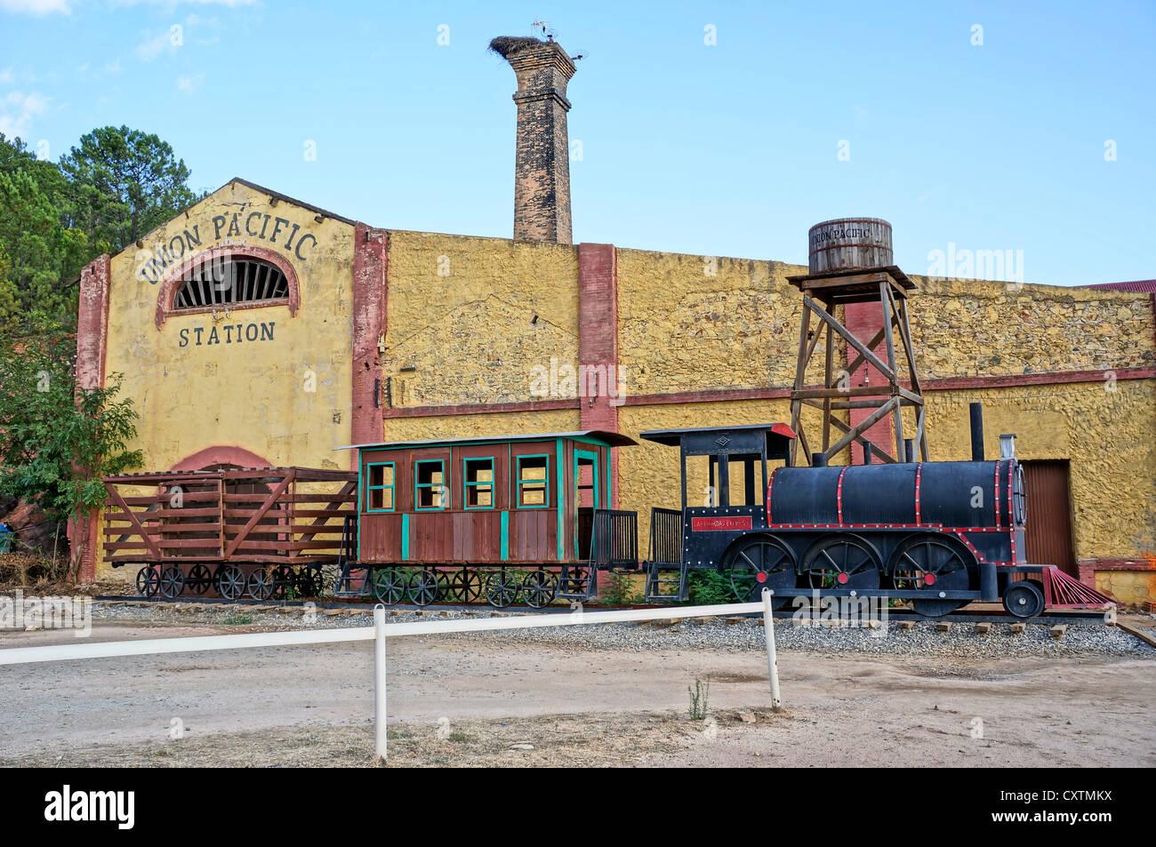 Western town union pacific train station at la reserva for Oficina western union sevilla