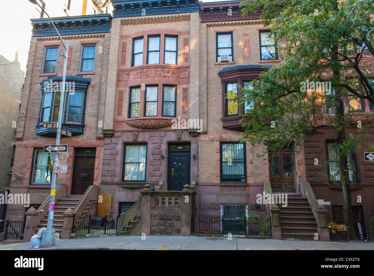 New york city ny usa street scenes historic townhouses for Modern house new york