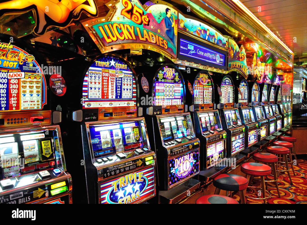Royal Cash Slot Machine - Play Free Casino Slots Online