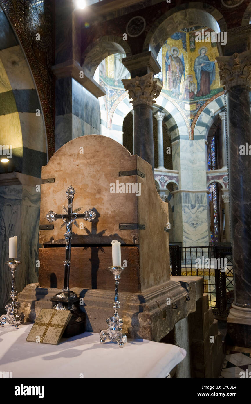 Charlemagnes Throne Charlemagne's Throne, ...