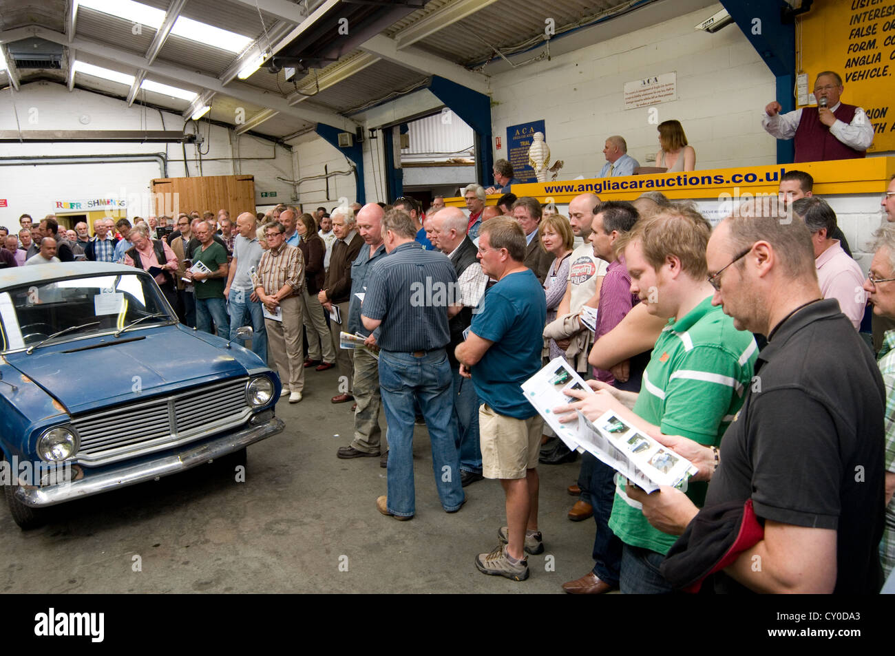 car auction auctions buying old at cars selling buy sell second ...