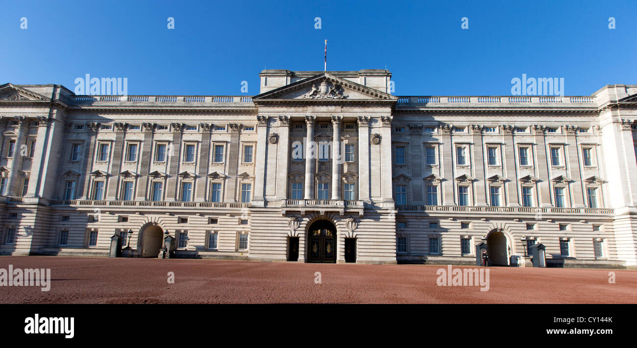 Buckingham Palace The Official London Residence Of The