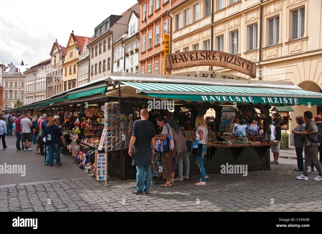 Havelske trziste havel 39 s market in prague city centre for Central prague