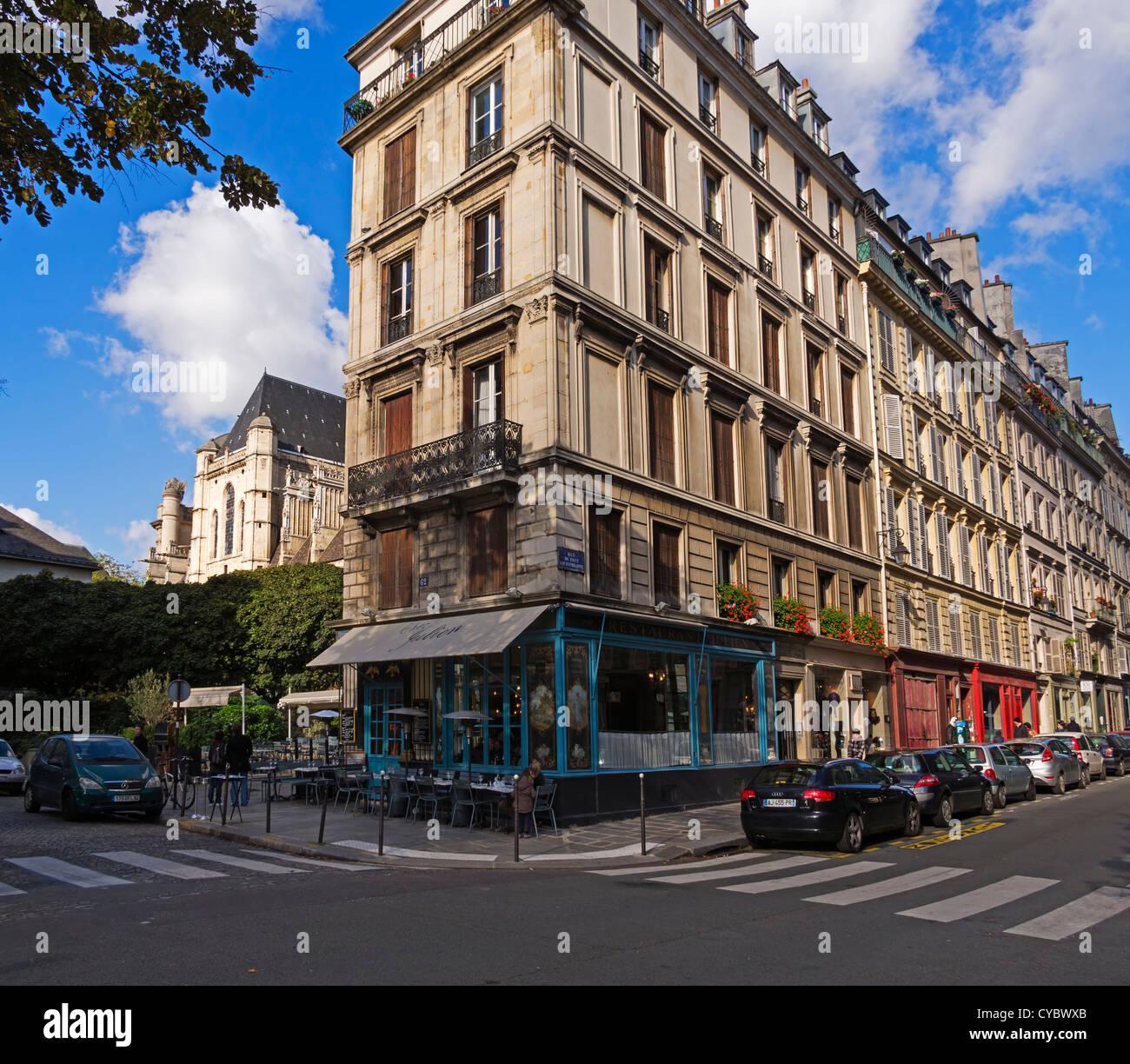 rue du pont louis philippe and chez julien paris a typical corner stock photo royalty free. Black Bedroom Furniture Sets. Home Design Ideas