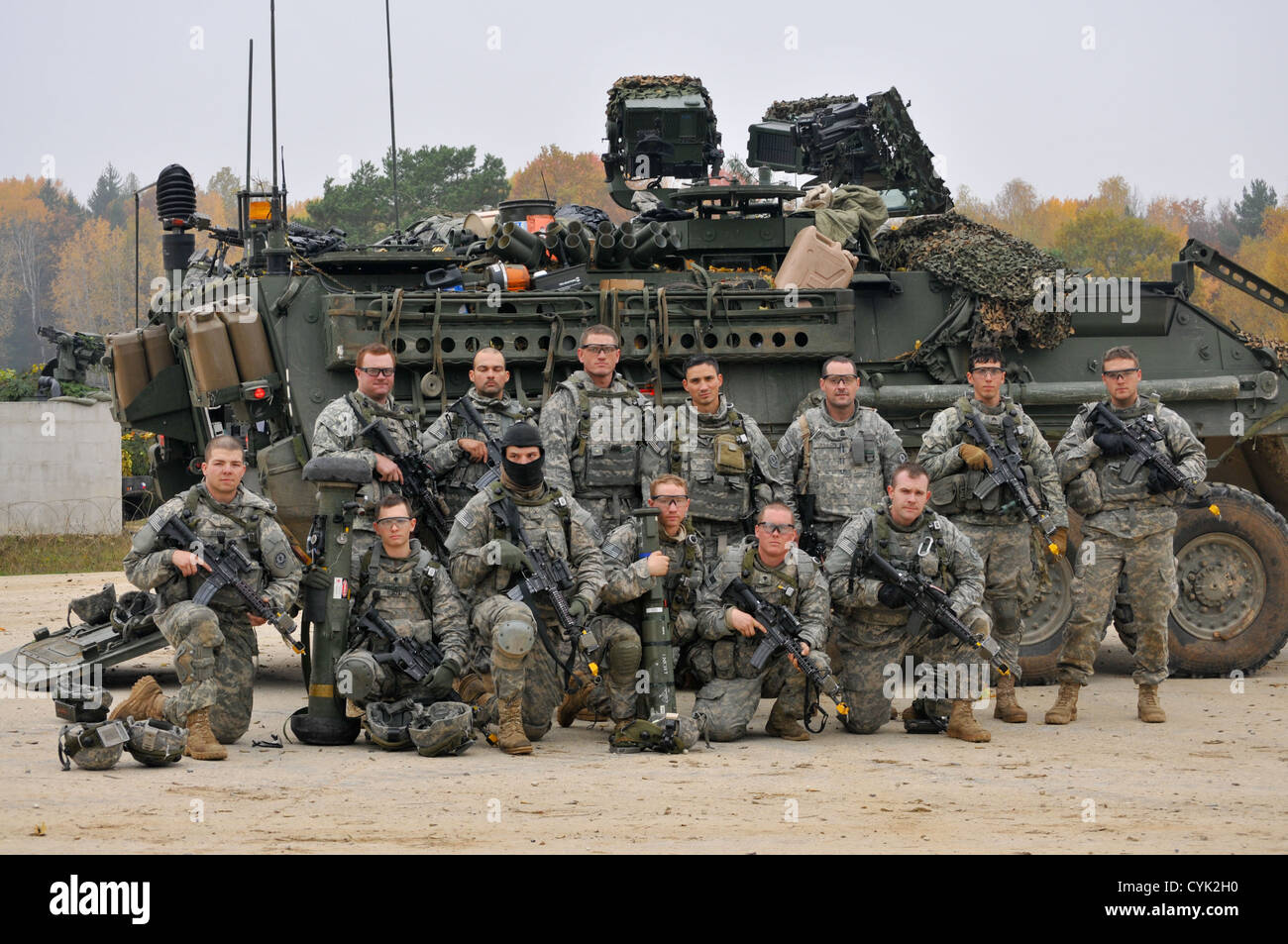 U.S. Army Soldiers, 4th Squadron, 2nd Cavalry Regiment, gather in ...