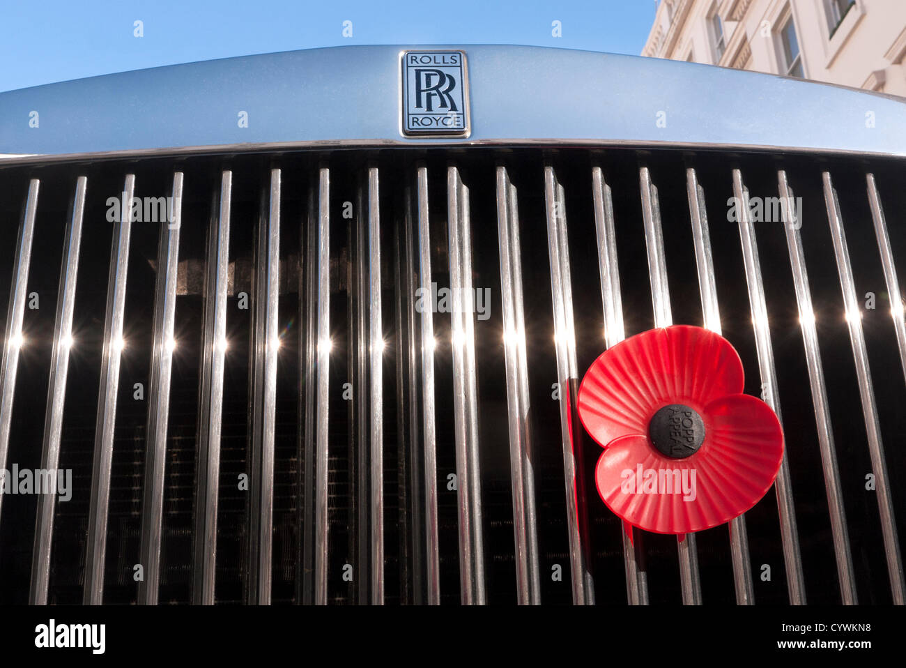 Design of a car radiator - Automobile Poppy Fixed Of A Rolls Royce Car Radiator Grill In London Uk Remembrance Day