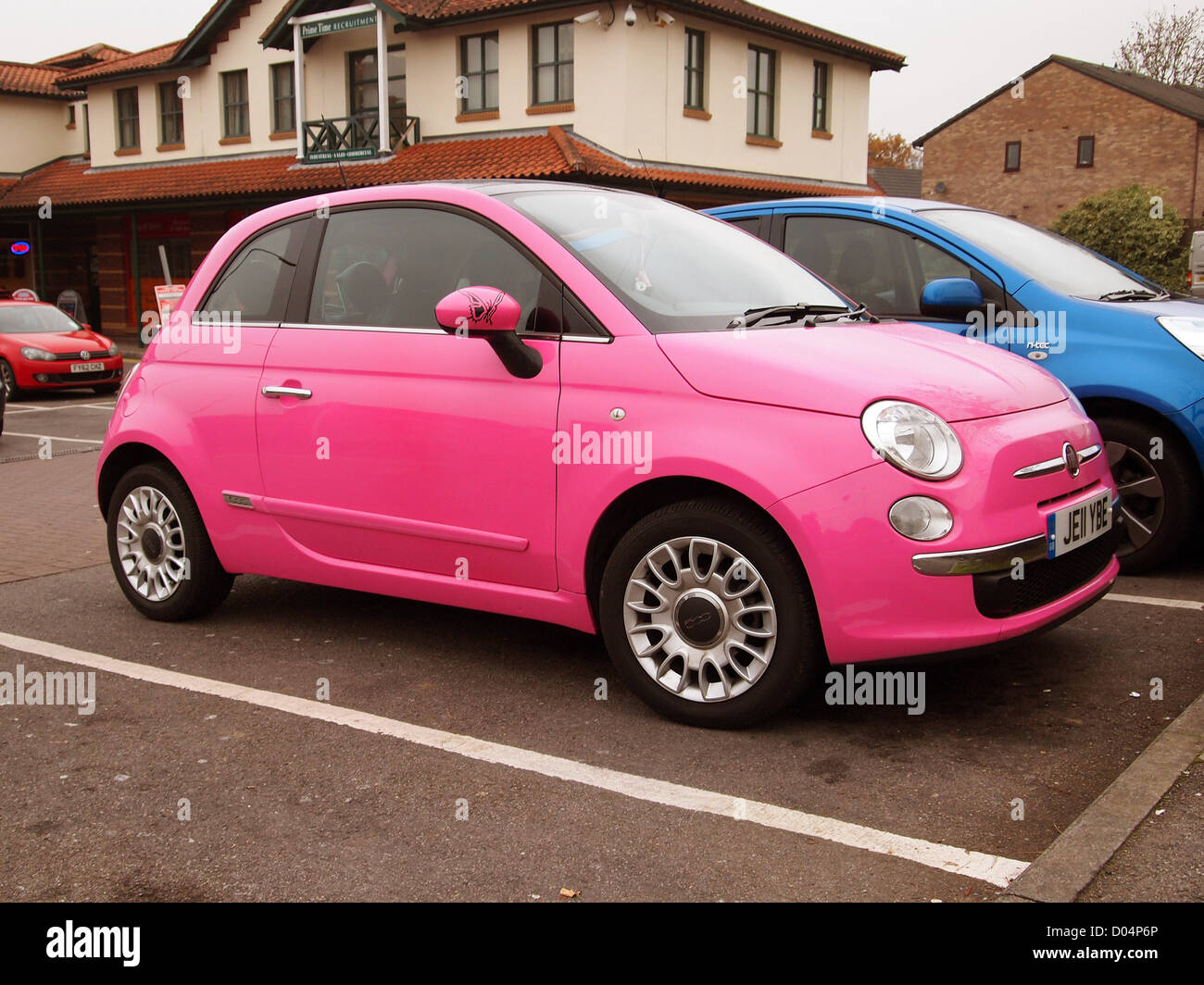 pink girls fiat 500 the current trendy car for young female drivers stock photo 51736350 alamy. Black Bedroom Furniture Sets. Home Design Ideas