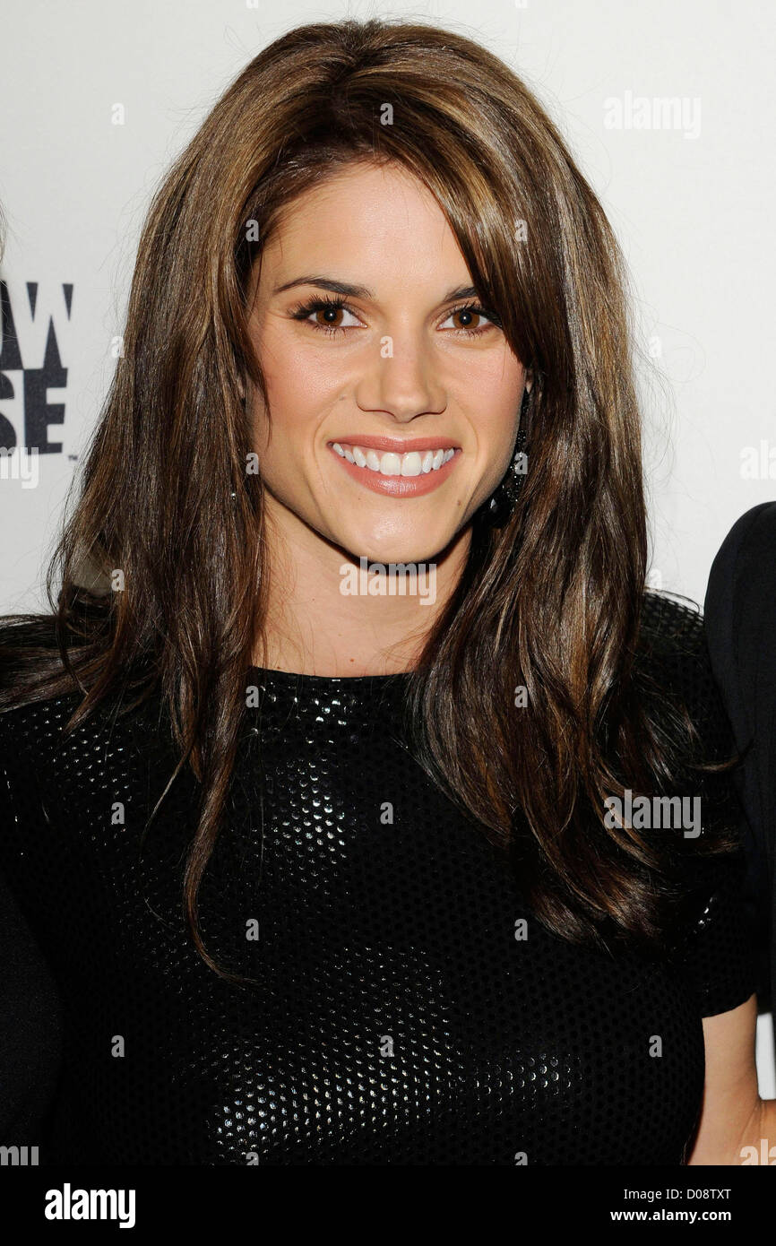 missy peregrym the 25th gemini awards at the winter garden stock
