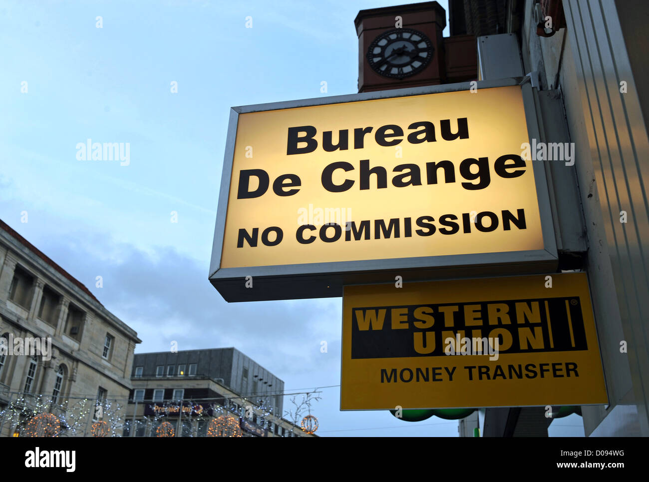 bureau western union bruxelles western union money transfer bureau de change in london uk stock. Black Bedroom Furniture Sets. Home Design Ideas