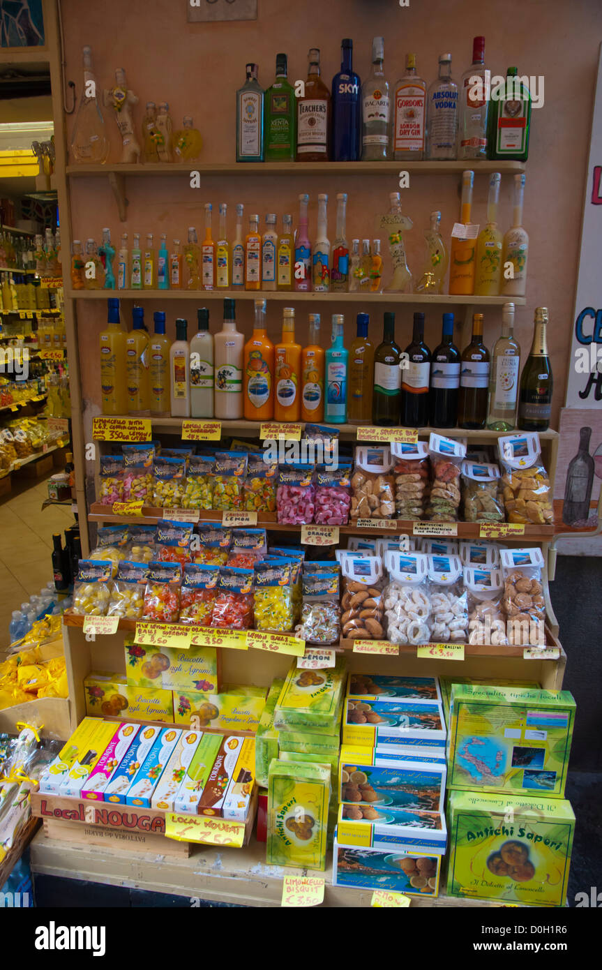 Shop selling foods and drinks to tourists old town Sorrento resort ...