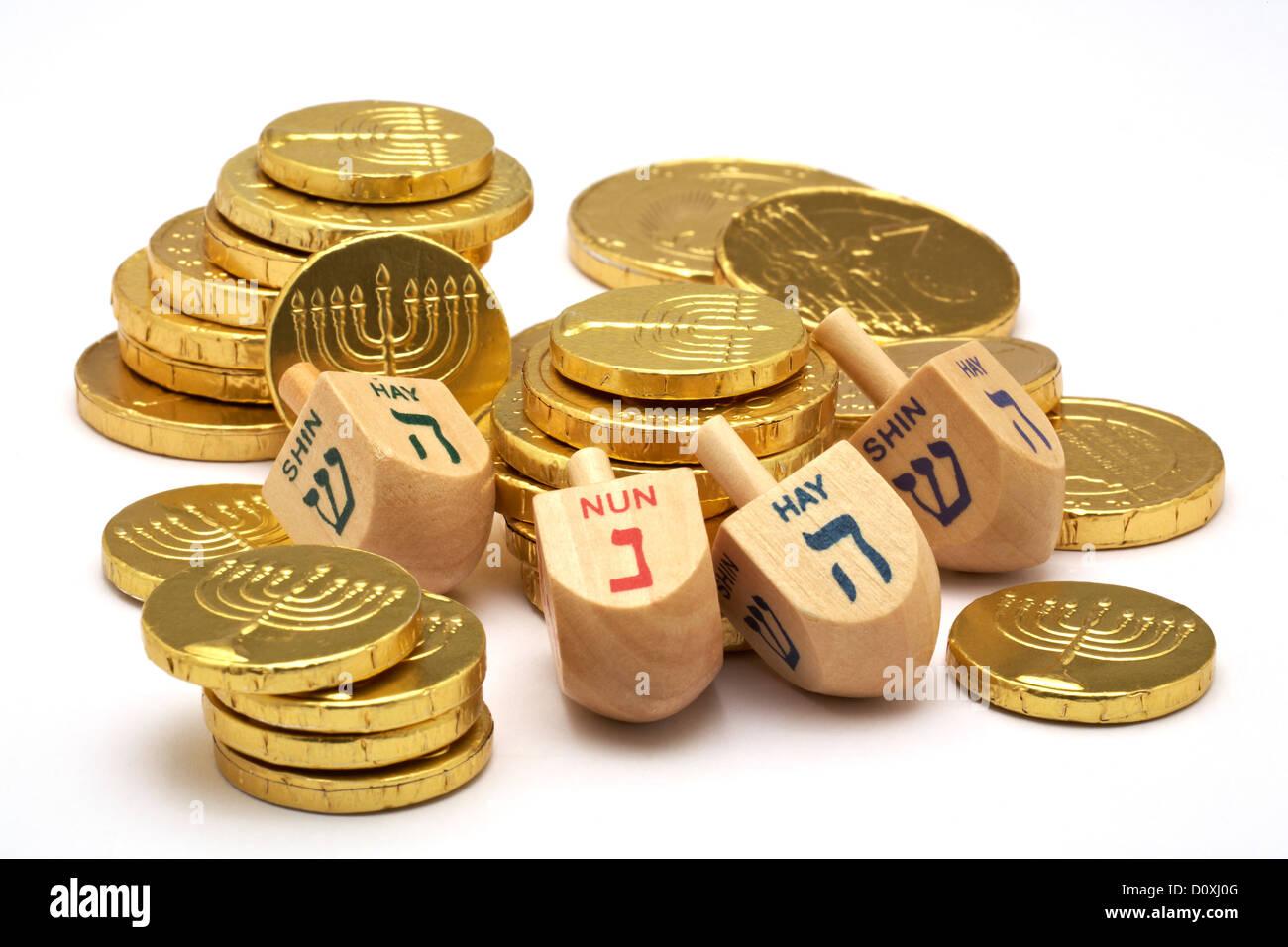 Chocolate Gold Coins with Jewish Menorah embossed Hanukkah Gelt ...