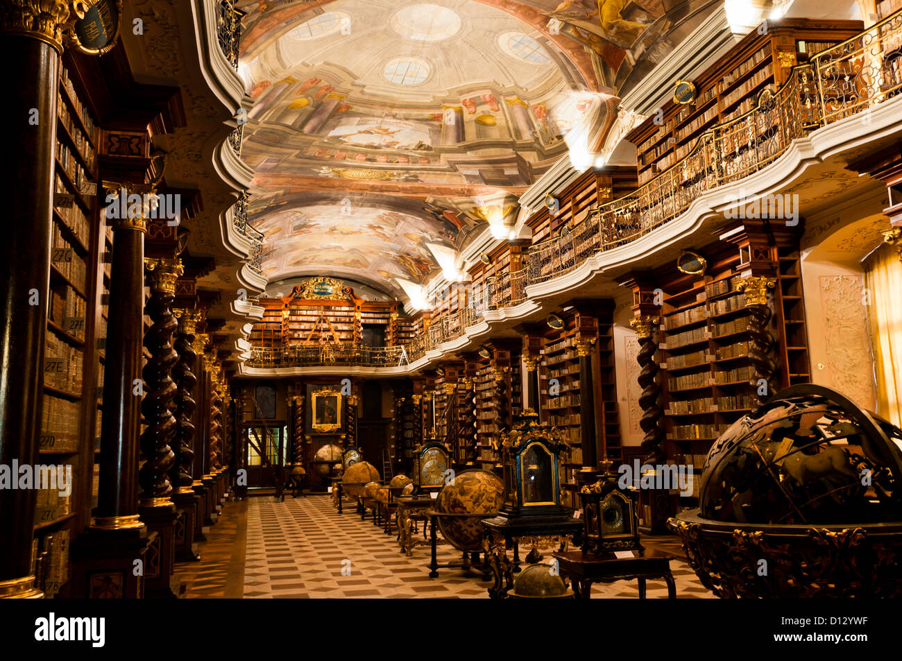 The historical center of prague the baroque library in for Acheter miroir baroque