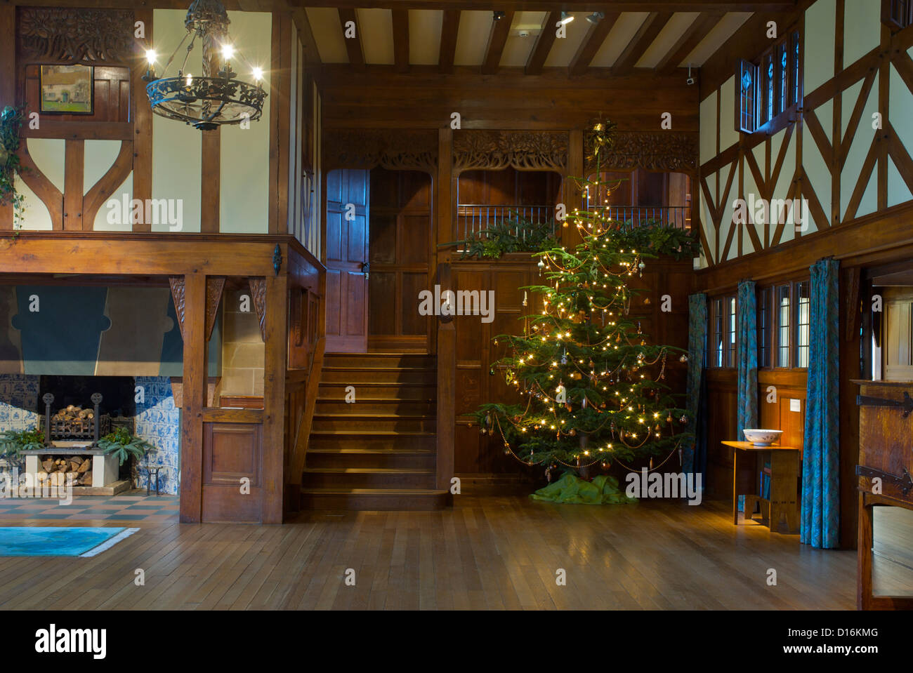 Arts and crafts hall tree - The Main Hall In Blackwell Arts And Crafts House Overlooking Lake Windermere