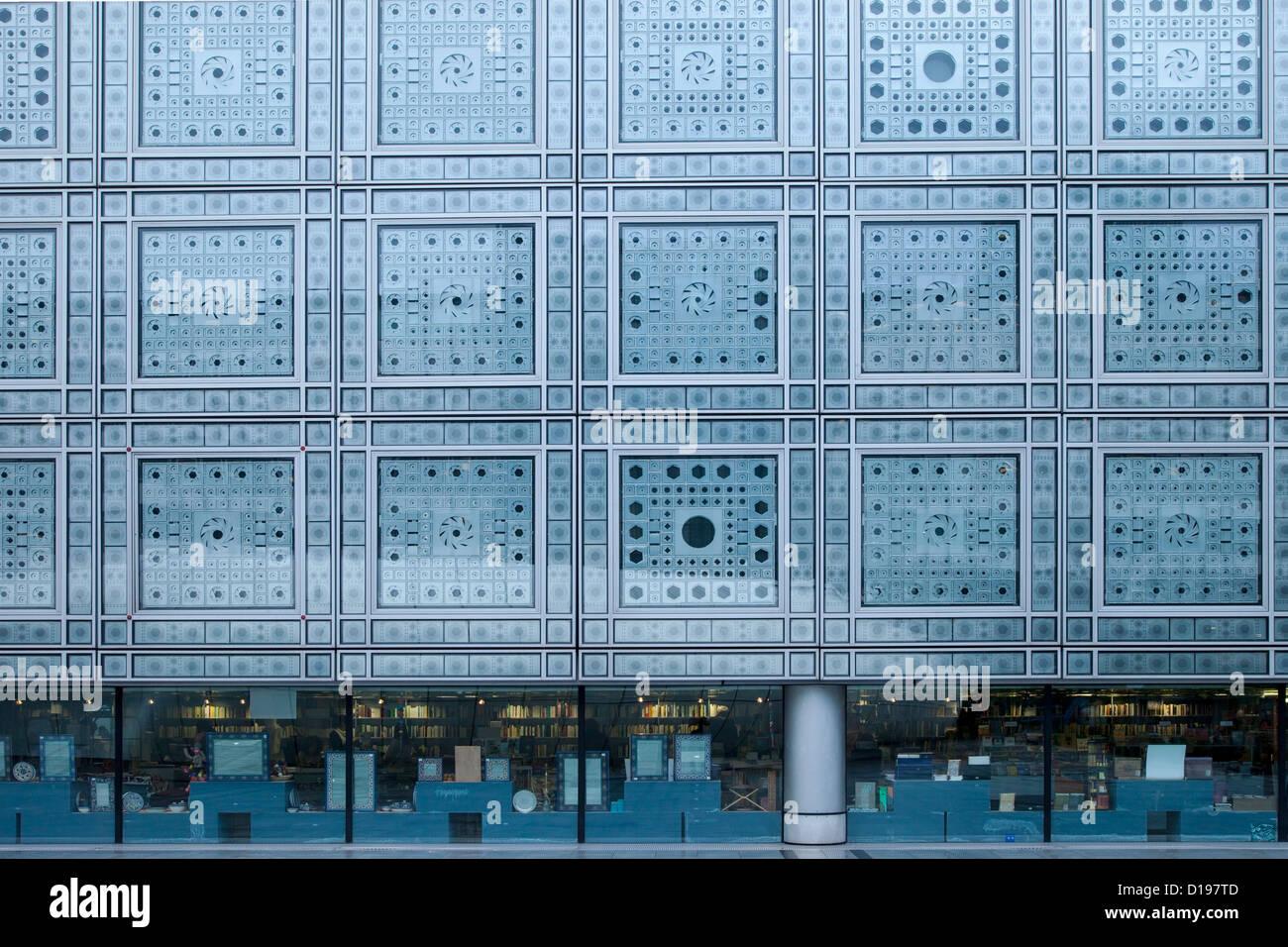 Photo Cell Window Blinds At Institut Du Monde Arabe Arab