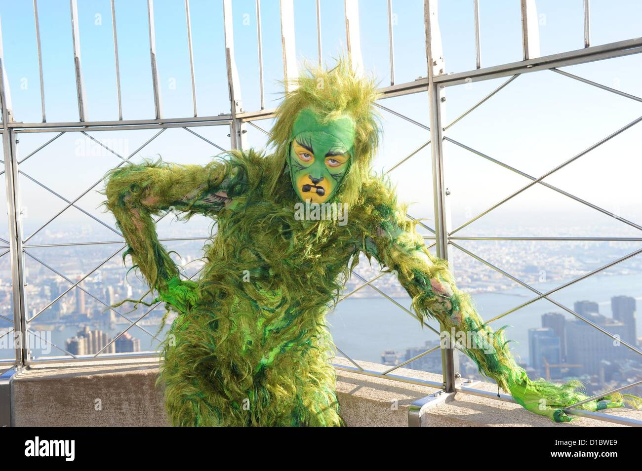 Dec 14 2012 Manhattan New York U S The Grinch Looks Over The Stock Photo Royalty Free