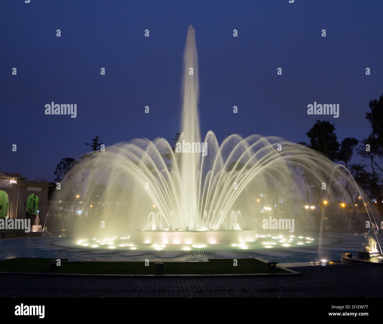 Water fountains lima - Illuminated Fountains At Dusk In Magical Water Circuit In Reserve Park Lima Peru World Record For Largest Fountains