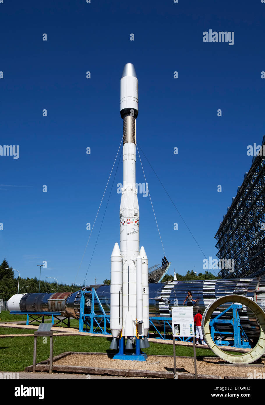 Model of the European Ariane 4 launcher, European Space ...