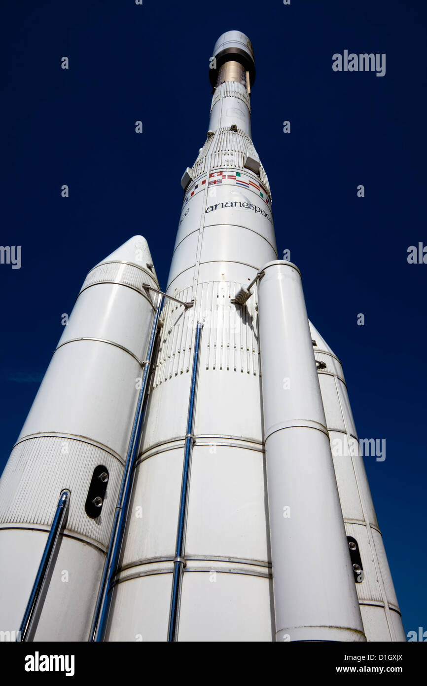 Anyone else think the Ariane rocket family looks really ...