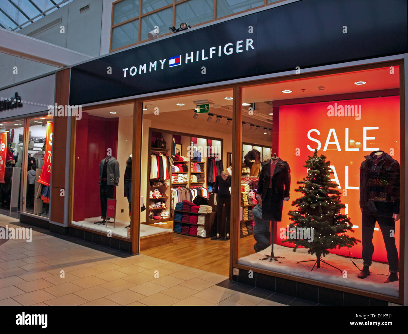 tommy hilfiger designer outlet berlin. Black Bedroom Furniture Sets. Home Design Ideas