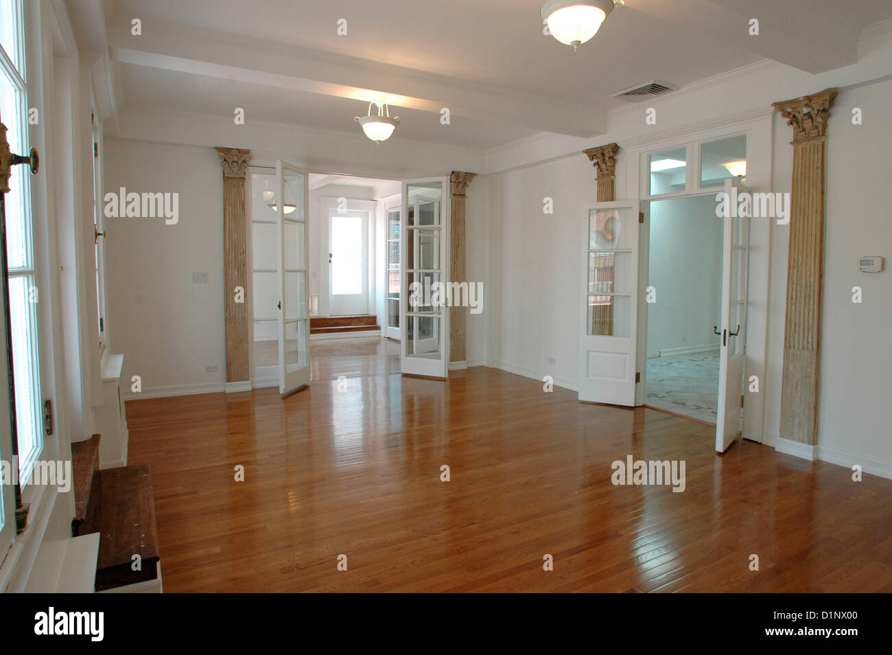 Empty apartment for sale in the upper east side for New york apartments for sale upper east side