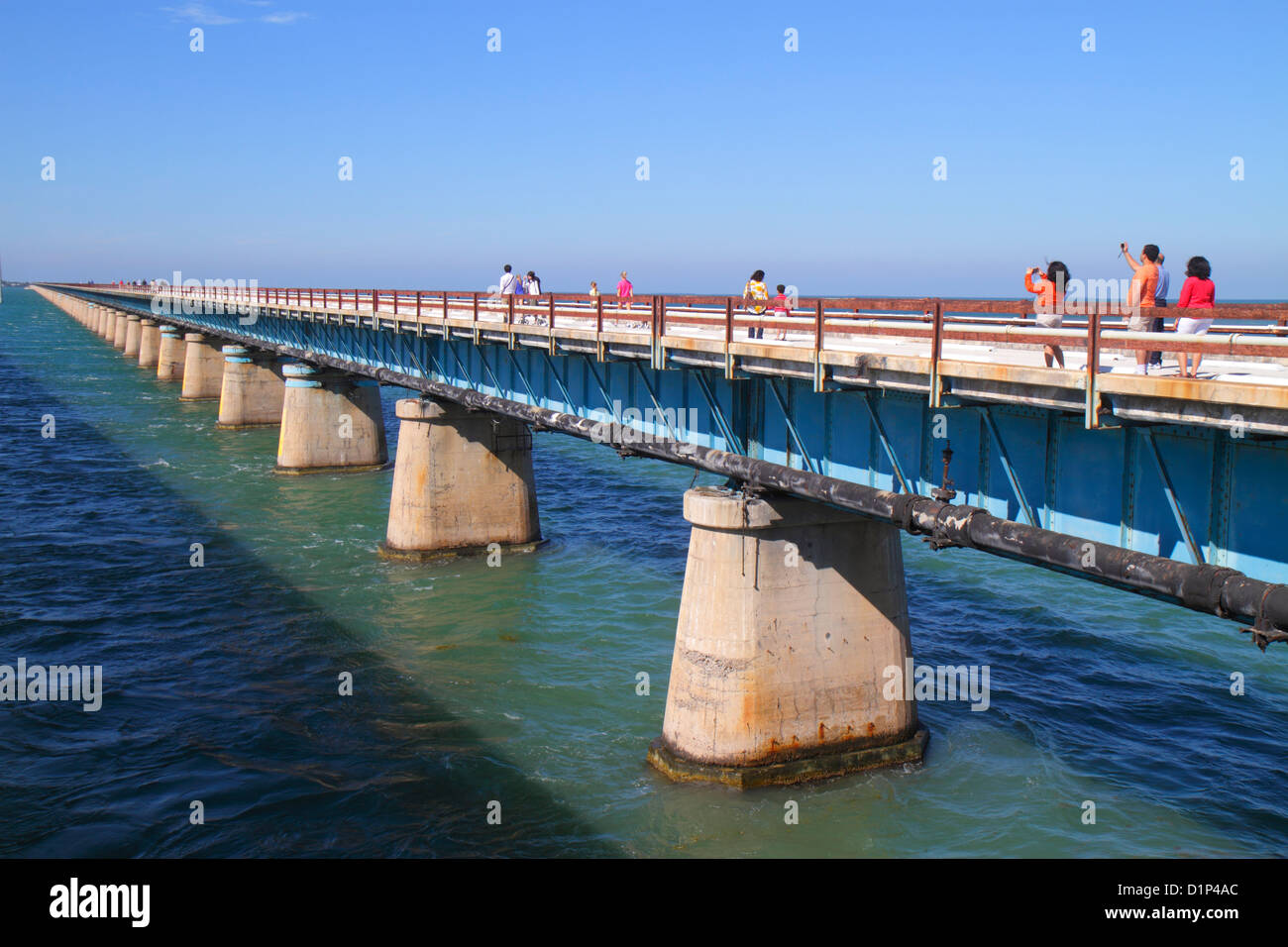 Florida florida keys us route 1 one overseas highway vaca key florida florida keys us route 1 one overseas highway vaca key marathon old sevenmile seven mile historic bridge gulf of mexico f nvjuhfo Image collections