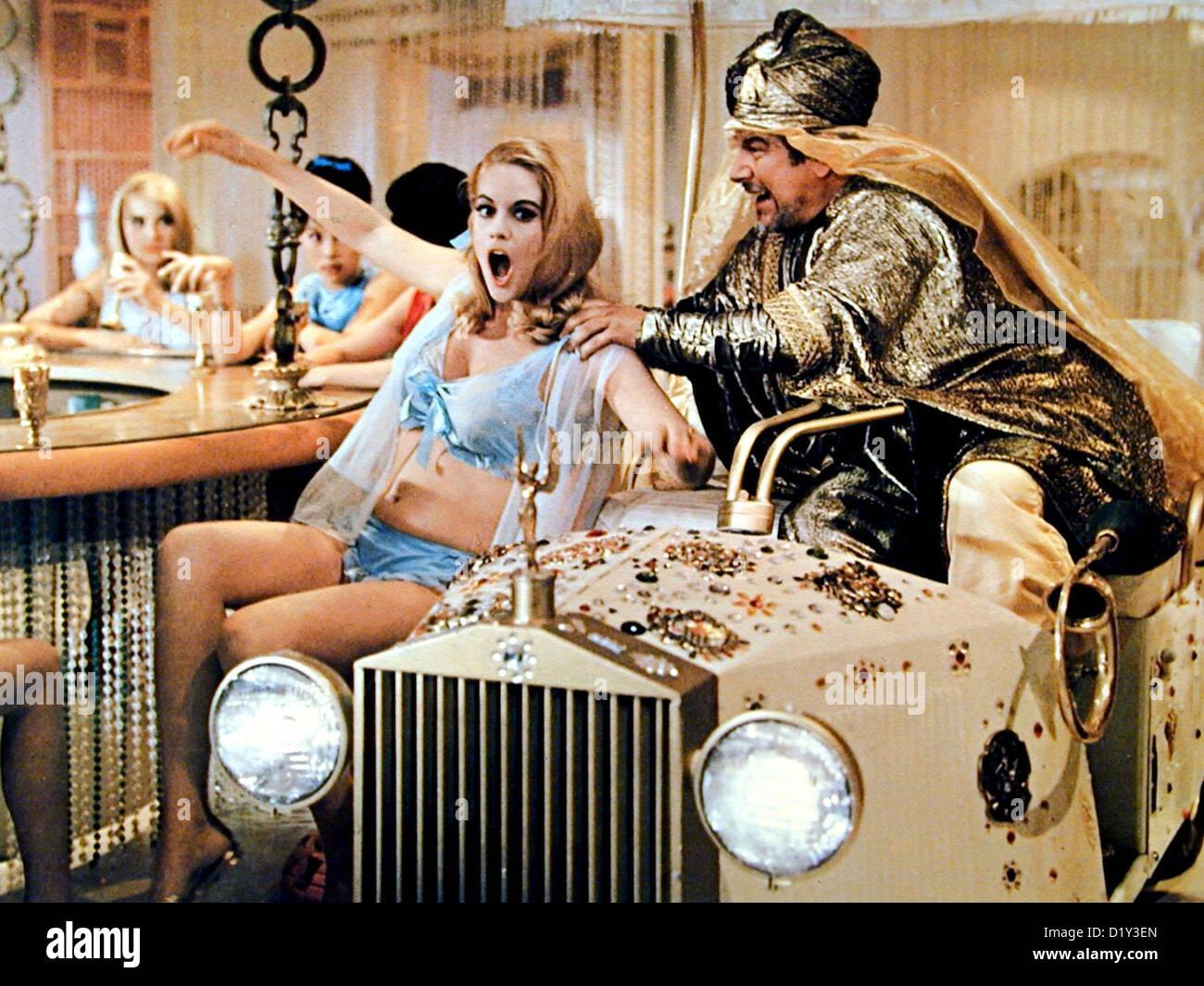 goldfarb stock photos goldfarb stock images alamy eine zuviel im harem john goldfarb please come home barbara bouchet peter ustinov