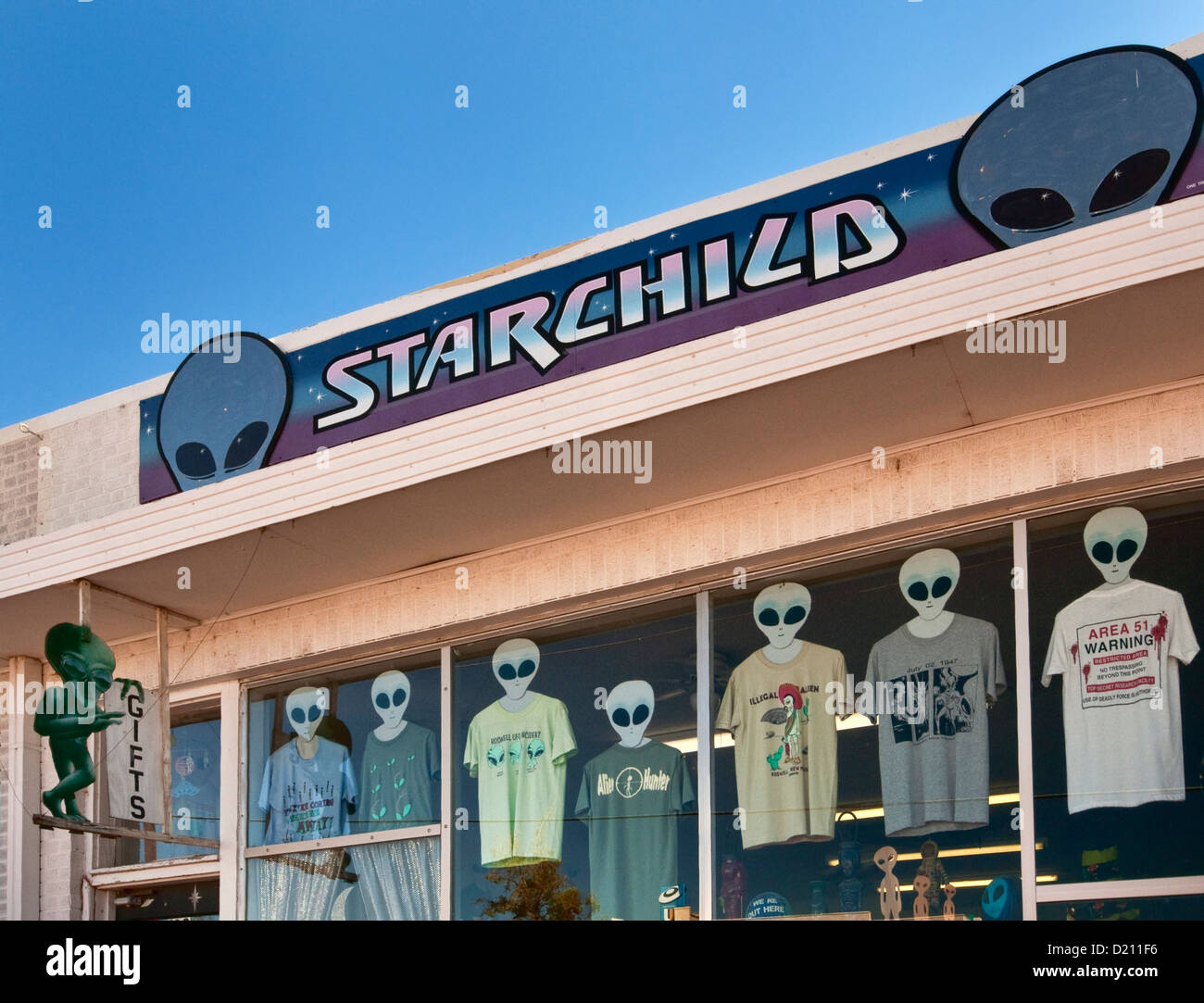 Space alien theme gift shop in Roswell, New Mexico, USA Stock ...
