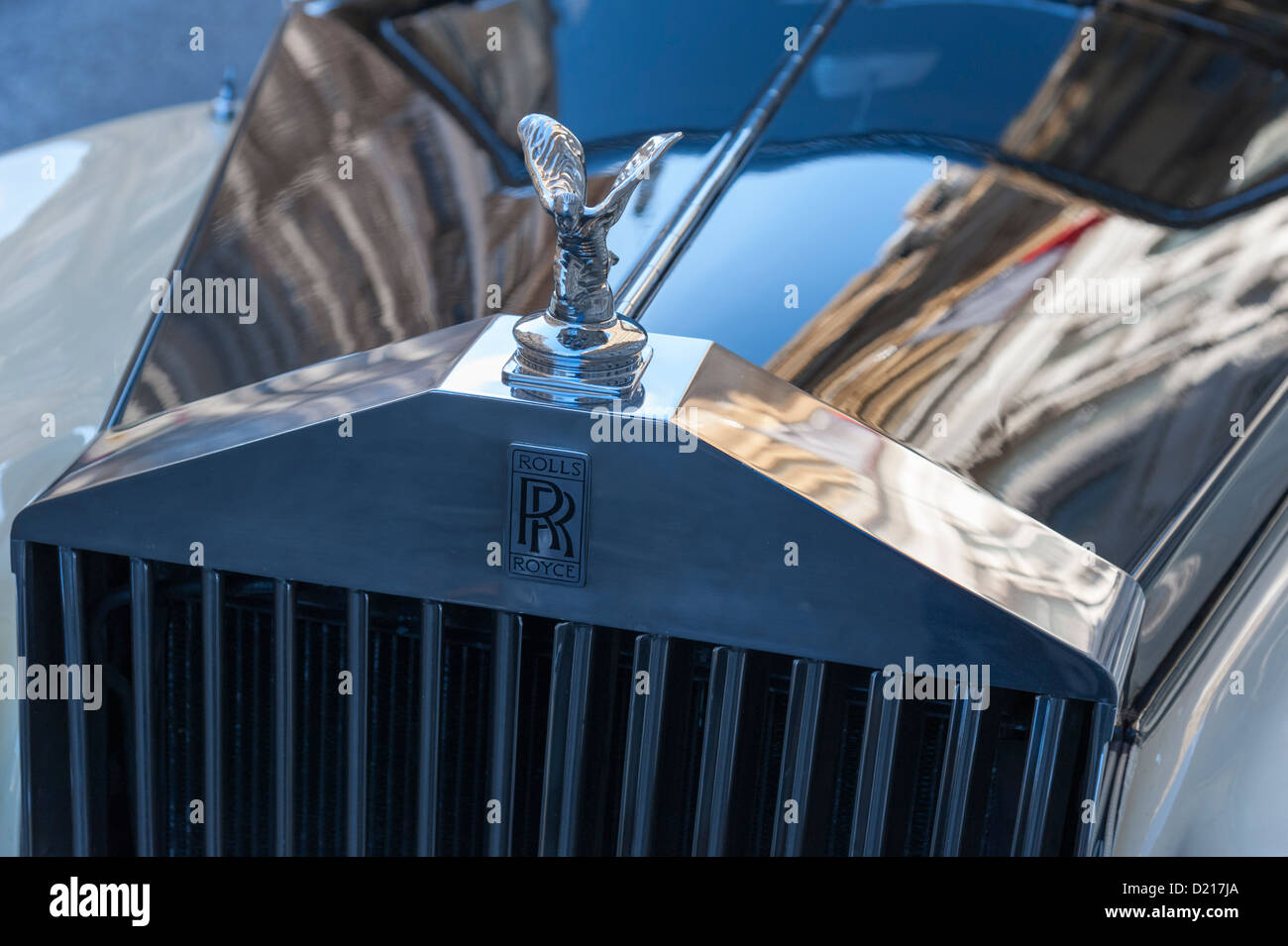 Design of a car radiator - Close Up Of An Old Rolls Royce Car Radiator And Flying Angel Badge