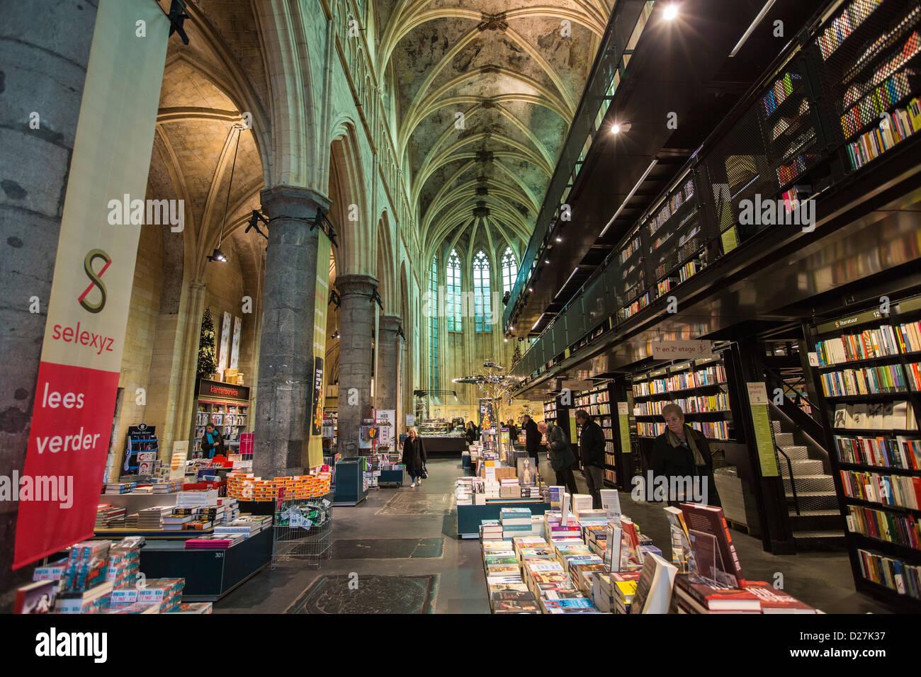 Bookstore selexyz dominicanen in a dominican church from - Maastricht mobel ...