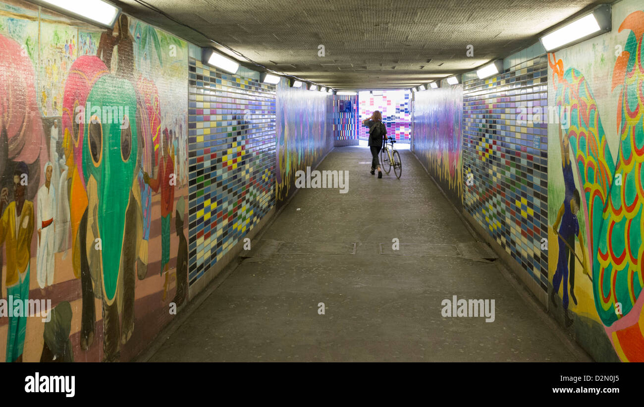 subway tiles stock photos & subway tiles stock images - alamy