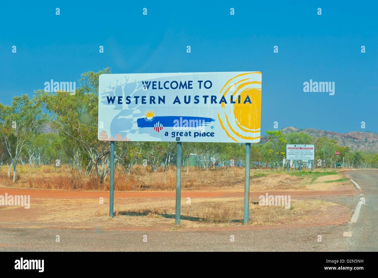 Border Road Sign Stock Photos U0026 Border Road Sign Stock Images   Alamy,  Wohnzimmer Dekoo