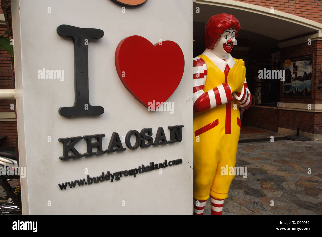 Ronald mcdonald in traditional thai greeting at khao san road in ronald mcdonald in traditional thai greeting at khao san road in bangkok thailand kristyandbryce Images