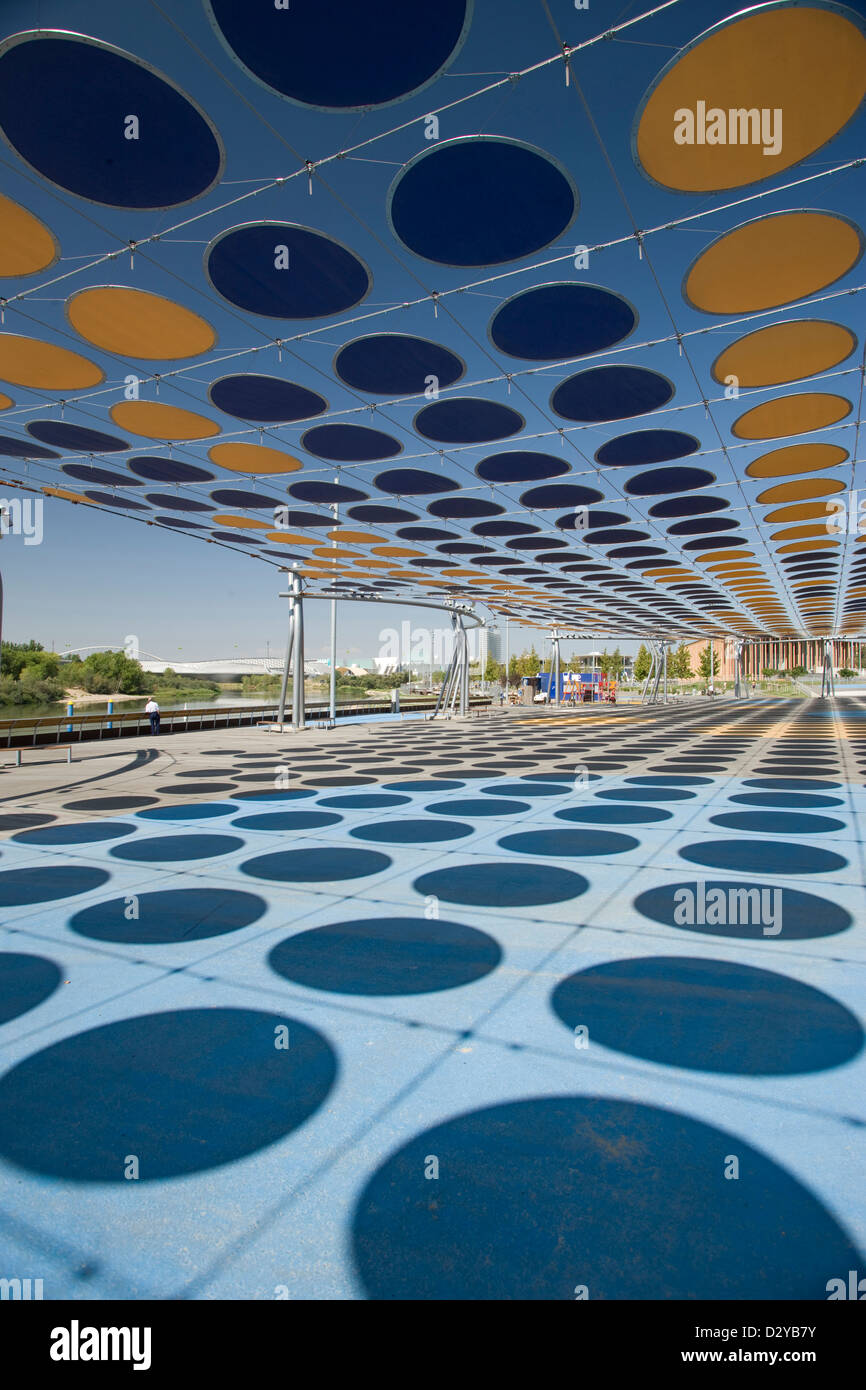 CANOPY OF ROUND SHADES IN POLKA DOT PATTERN OVER 2008 WATER EXPO FAIR ZARAGOZA ARAGON SPAIN & CANOPY OF ROUND SHADES IN POLKA DOT PATTERN OVER 2008 WATER EXPO ...