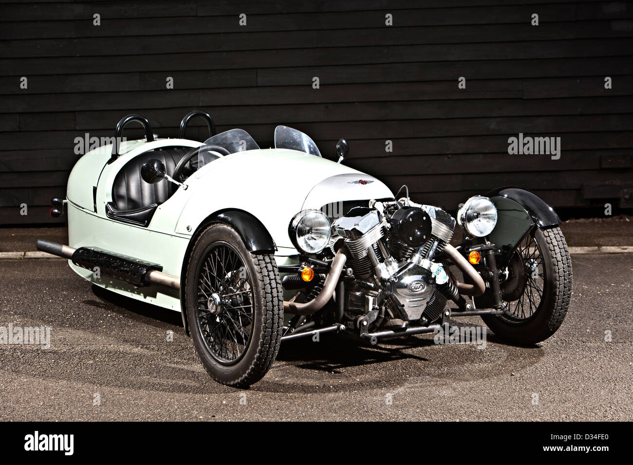 morgan 3 wheeler open topped unique sports car winchester uk 19 09 stock photo royalty free. Black Bedroom Furniture Sets. Home Design Ideas