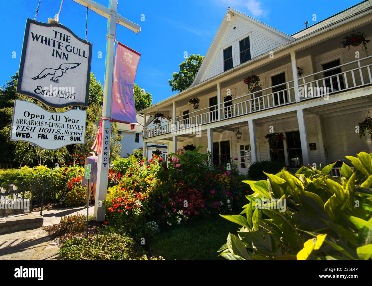 The Historic White Gull Inn In The Door County Town Of Egg